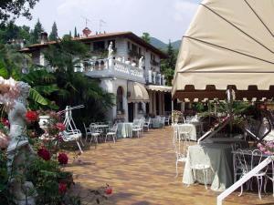 Hotel Ville Montefiori * * * * GardoneLago de Garda