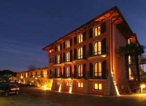 Hotel Donna Silvia * * * * Manerba