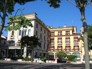 Park Hotel * * * * DesenzanoLago di Garda