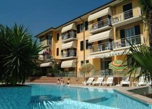 Hotel Sorriso * * * Toscolano MadernoLago de Garda