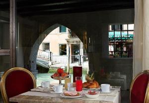 Hotel Liassidi Palace * * * * Venecia